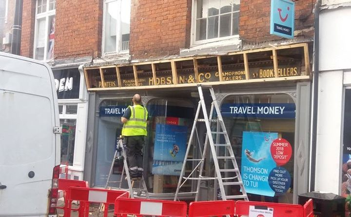 Work on Tui replacement sign reveals relic from the 1940s