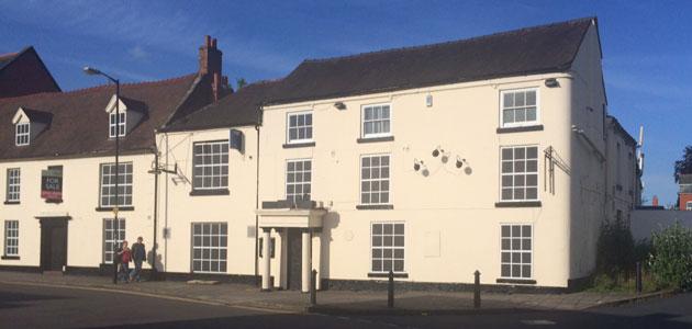 Charlton Arms Hotel Wellington