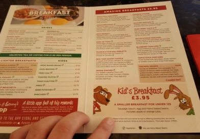 Food Review: Chez reviews Frankie and Bennys Breakfast