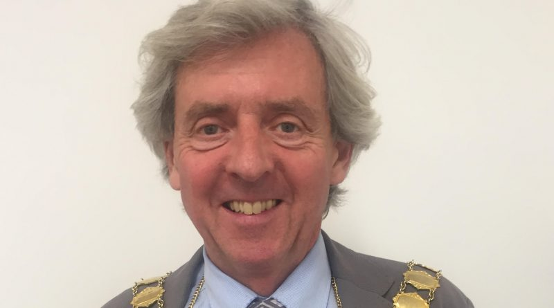 Wellington Mayor, Councillor Anthony Lowe, joins the Liberal Democrats from the Conservative Party.