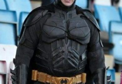 Batman to stand in Borough election