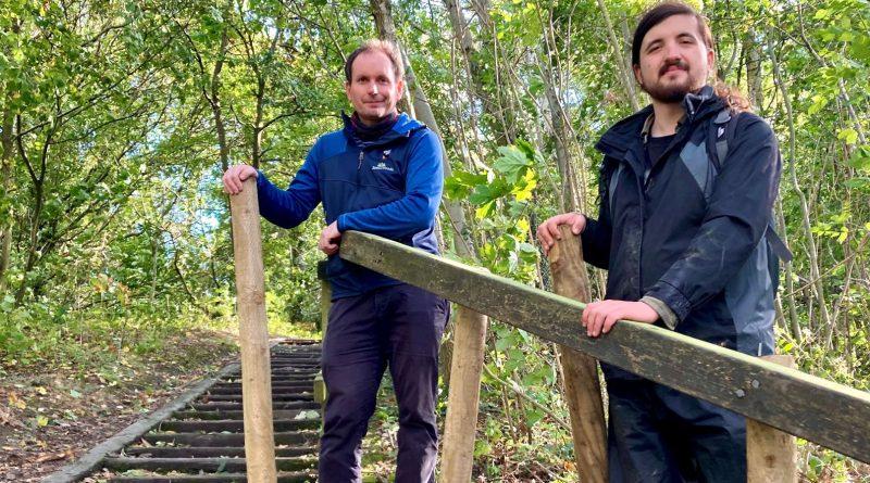 Tristan Hayes (left) and apprentice James Brammer